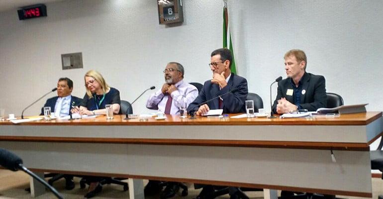 Entidades debatem o negociado sobre o legislado na MP 680