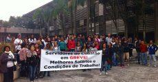 Professores municipais de Cubatão fazem greve e sofrem perseguição política