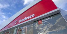 Reforma trabalhista já faz vítimas: Bradesco e Caixa demitirão em massa