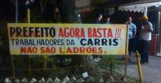 Trabalhadores da empresa de ônibus Carris fazem paralisação contra privatização