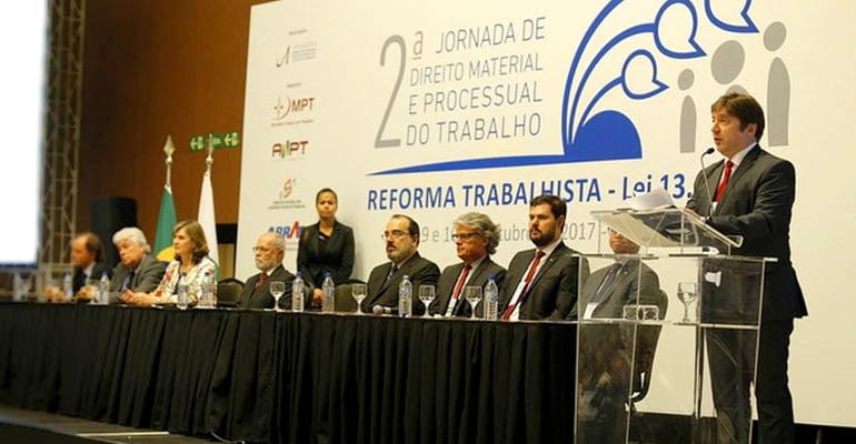 Magistrados dizem que reforma trabalhista não pode ser aplicada como foi aprovada
