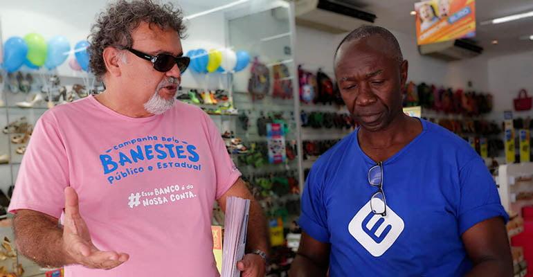 Trabalhadores de Vitória (ES) realizam ato unificado contra desmontes do serviço público