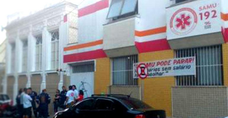 Trabalhadores do SAMU deflagram greve a partir de sexta-feira