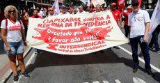 Ato contra a Reforma da Previdência toma às ruas de Vitória (ES)
