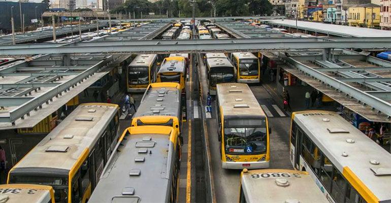 Trabalhadores dos ônibus se somam em defesa da aposentadoria.