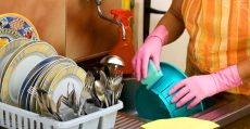 Brasil ratifica Convenção 189 da OIT sobre trabalho doméstico