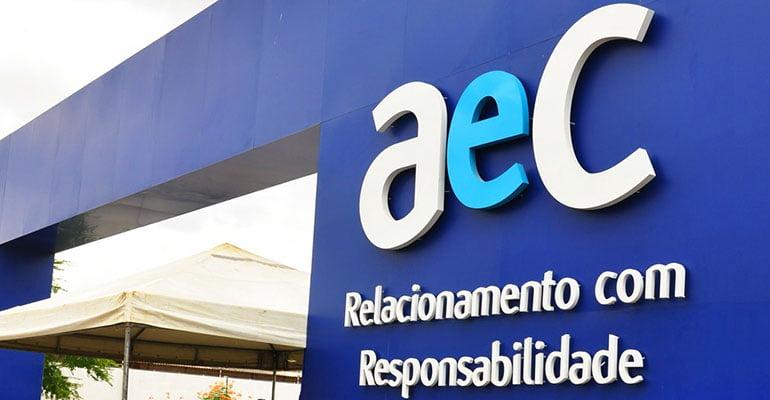 AEC Centro de Contatos condenada por limitar ida de empregado ao banheiro
