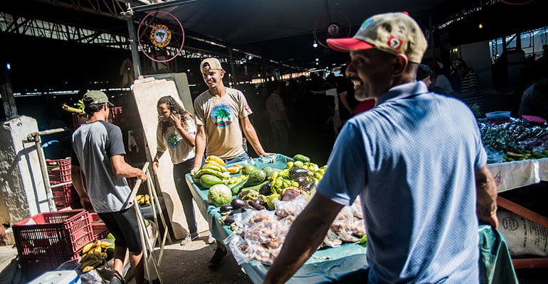 MST dá início à 3ª Feira Nacional da Reforma Agrária