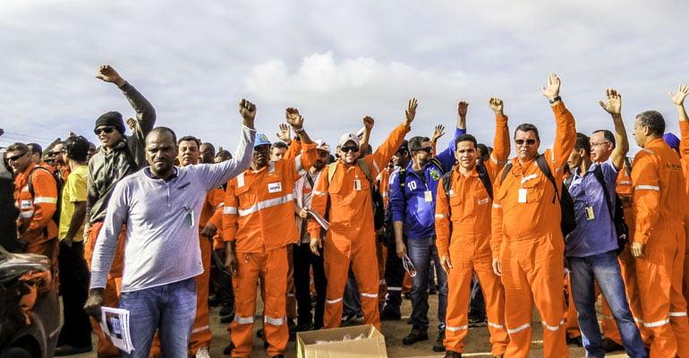 Resultado de imagem para greve dos petroleiros 2018