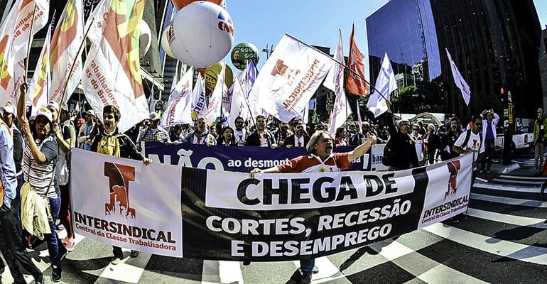 Trabalhadores pelo Brasil realizam o Dia do Basta | INTERSINDICAL
