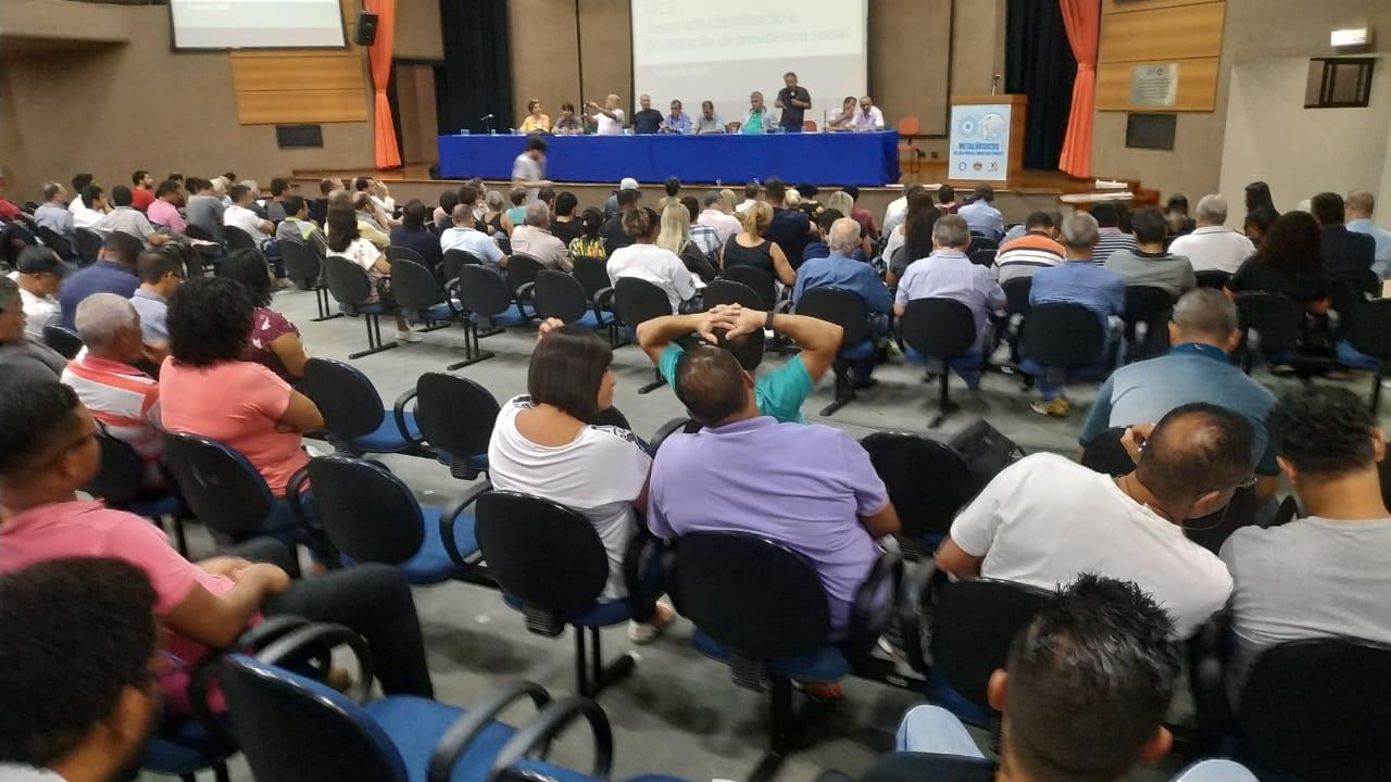 Jornada Nacional de Debates sobre a Reforma da Previdência Social PEC 06 3