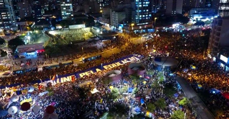 Foi gigante o 30 de março - É hora de intensificar as mobilizações